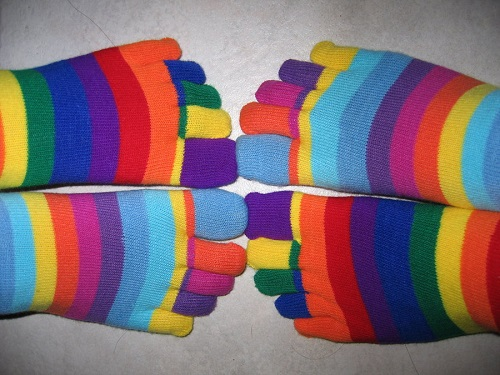 rainbow_toe_socks_by_mini_u